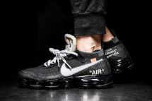 http-hypebeast.comimage201707off-white-nike-air-vapormax-on-foot-look-1