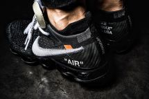 http-hypebeast.comimage201707off-white-nike-air-vapormax-on-foot-look-3