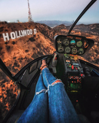Hollywood dreams 💙 . That time we hiked (kind of) to the Hollywood sign😋